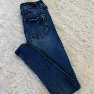 Ladies Silver Jeans In A Supper Skinny Style